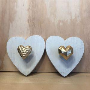 Farmhouse decor heart shaped wooden wall pegs (2)